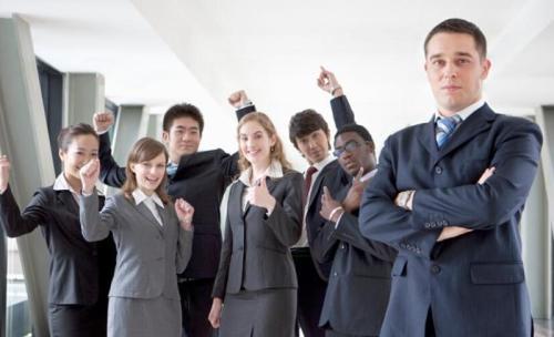 新手培训讲师,如何提高讲师开场白技巧及自我介绍技巧